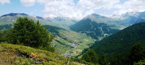 Queyras central : Le sommet Bucher - Vue sur Molines et Saint-Véran