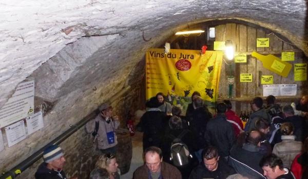 Le Caveau des byards dans une cave à Perrigny
